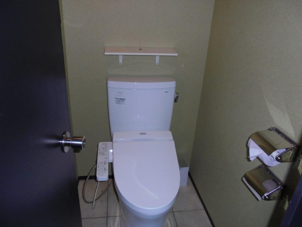 トイレ個室 作業後